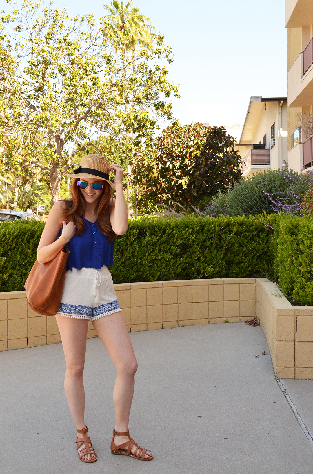 Summer outfit with Harmony & Havoc's pom-pom embroidered shorts | whitneyhoy.com